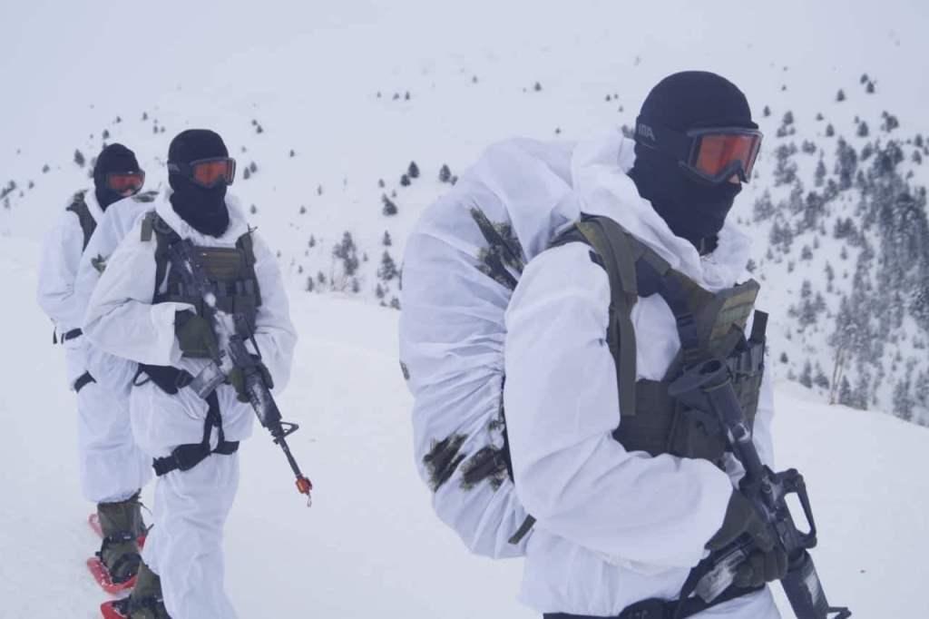 14 - Εντυπωσιακές εικόνες από την χειμερινή εκπαίδευση στον Όλυμπο